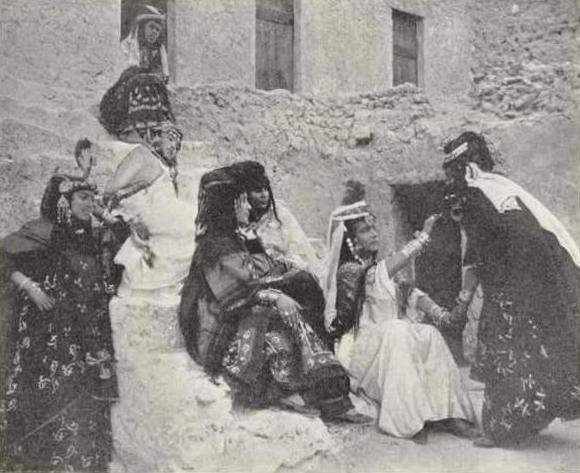 Anal Girl in Berber