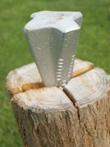 wood splitting wedge