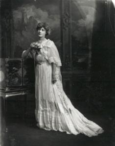 Liane de Pougy (November 3rd, 1902)